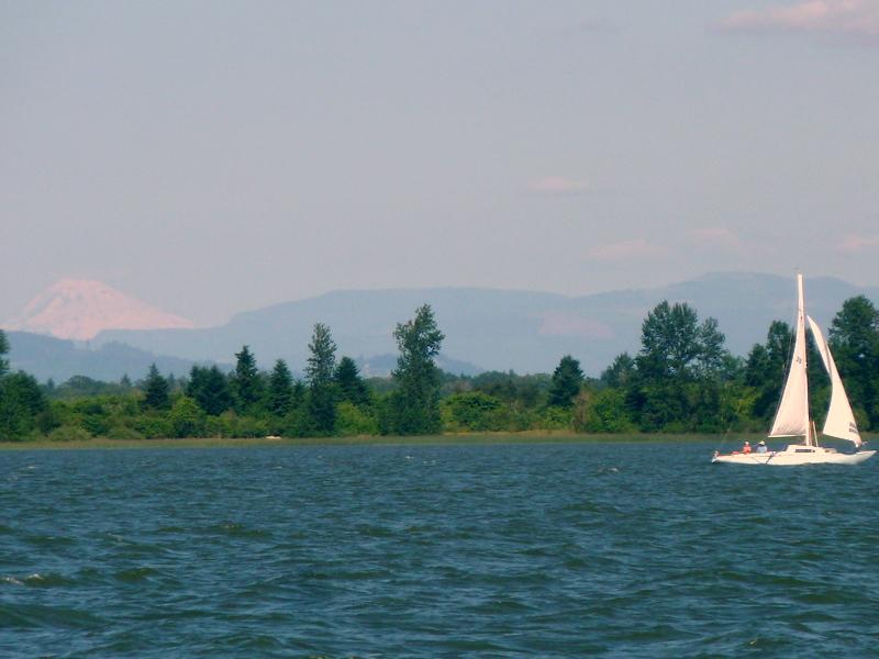Mt and sailboat f picnic area