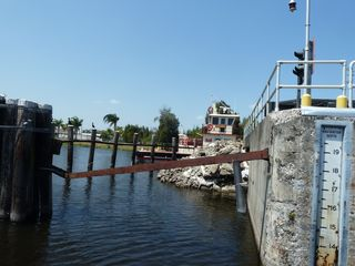 Lock lake okechobee
