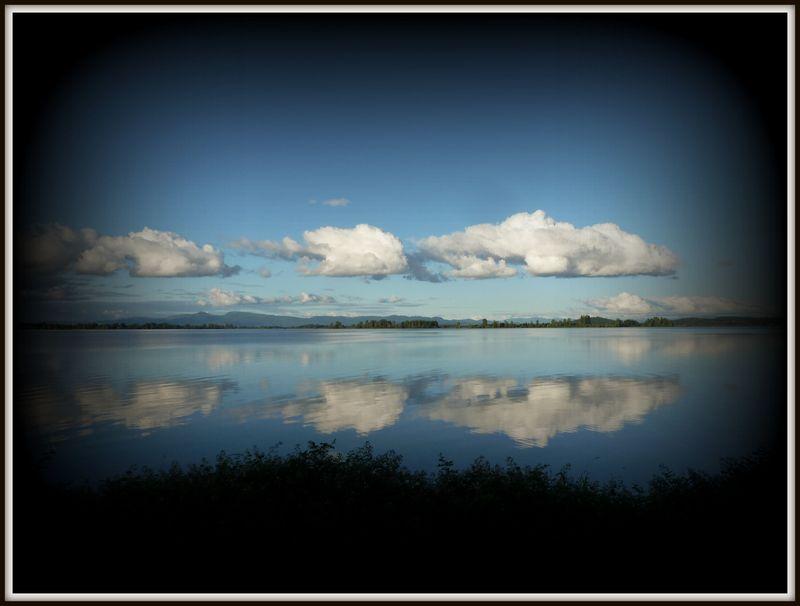 Cloud reflections-002