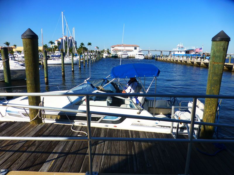 Oh!Zone at Ft Myers fuel dock