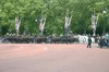 Changing_guard3