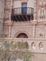 Mission_facade_detail_30